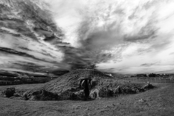 Bryn Celli Ddu by Etrusia UK