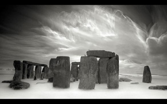 Stonehenge by Marcin Stawiarz 1280x800
